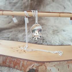 Halsband Kläpp Tre Detaljer...